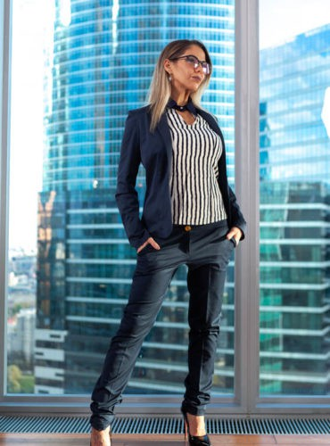 business-women-elena-01
